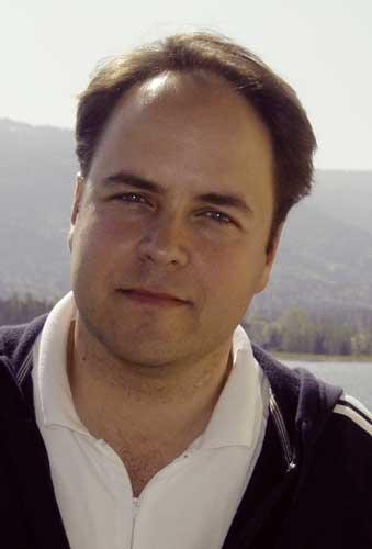 Dr. med. Simon Theokas